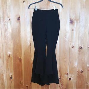 BooHoo black high waisted hi/low flare pants 4